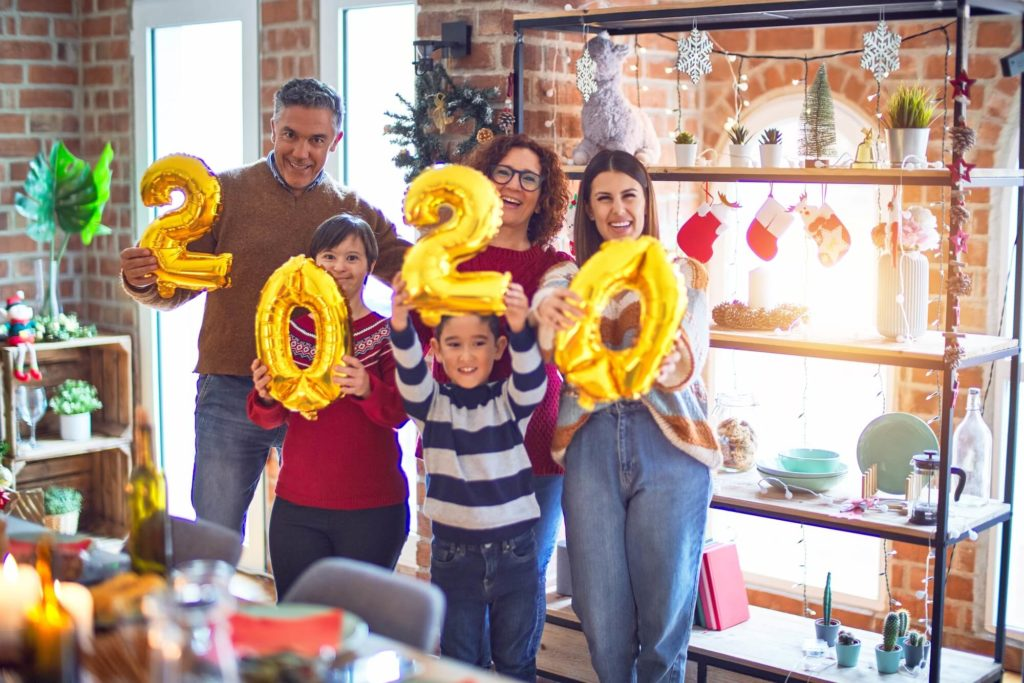 img-New-Years-Resolutions-For-Bringing-The-Family-Together
